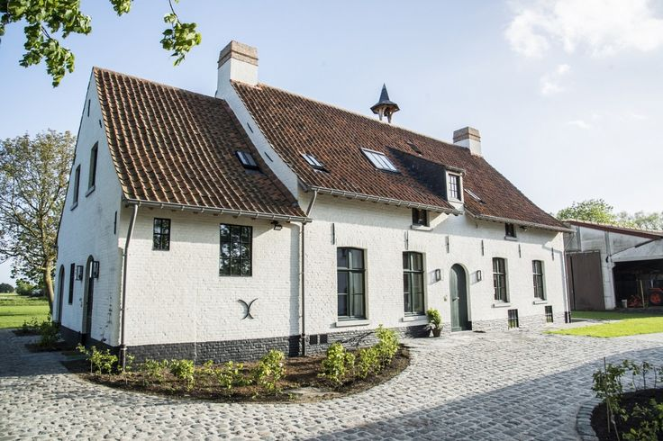 25 beste idee n over landelijke stijl huizen op pinterest for Architecten moderne stijl