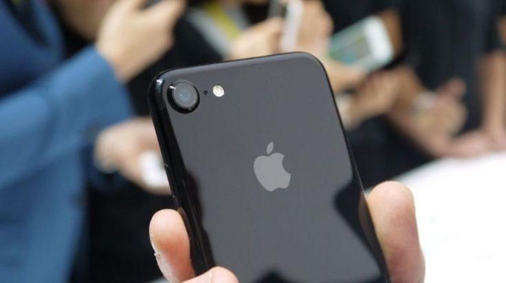 Su eBay codice sconta cellulari e accessori del 10%: iPhone SE 32 GB 288 euro