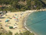 Οι παραλίες του Πηλίου φημίζονται για τα καθαρά νερά τους και το υπέροχο τοπίο τους με θέα το βουνό των Κενταύρων. Οι περισσότερες βρέχονται από το