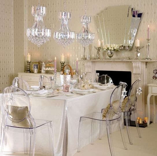 White Art Deco Christmas