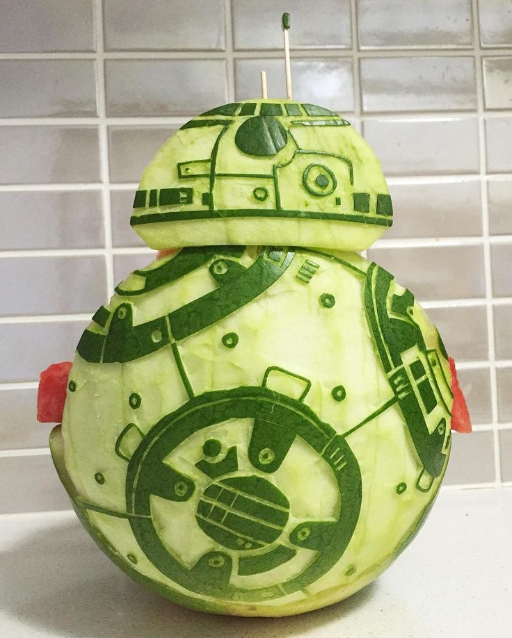 BB-8 Watermelon Carving