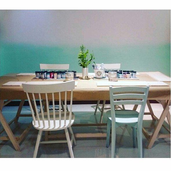 Pared en degradado pintada con Autentico chalk paint por Nobel vinte, nuestro punto de venta en Santiago de Compostela #autenticopaintspain #autenticochalkpaint #chalkpaintes #autenticospain #autenticopaint #pinturanatural #ecofriendly #naturalpaint #chalkpaint