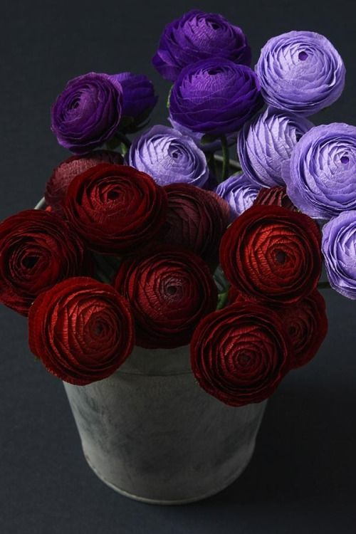 When the temperatures drop, colors can still pop. #DIY paper flowers in whatever hue pleases you!