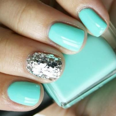 Turquoise Glitz.... an easy way to do something just a little different!