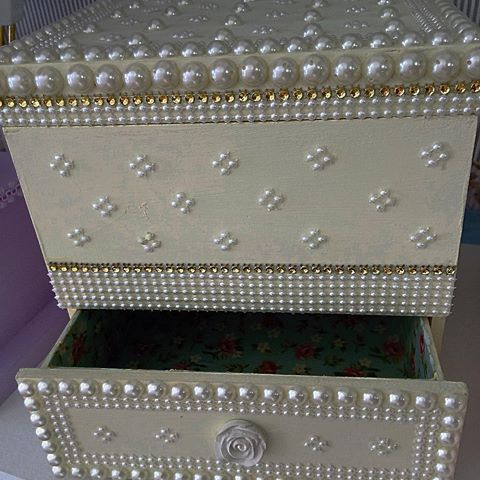 #gaveteiro #caixaemprrolas #pprtabatons #portamaquiagem #artesanato #anapolis