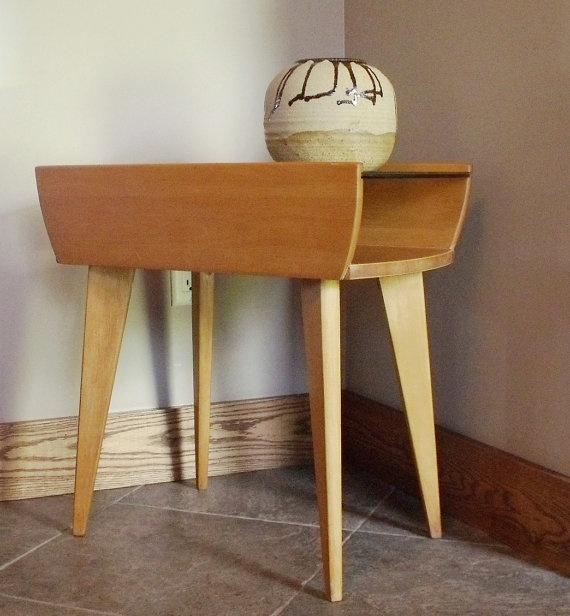 Heywood Wakefield Style End Table