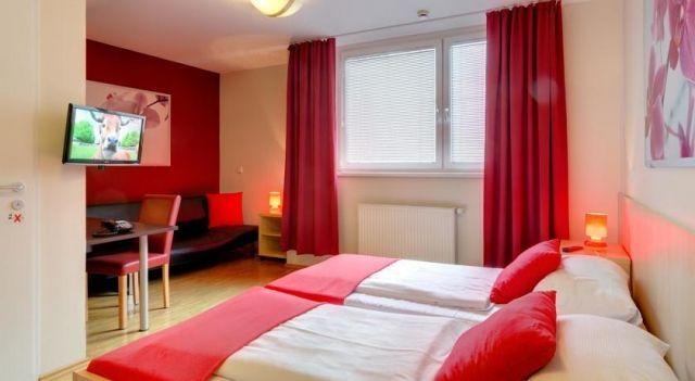 MEININGER Hotel Wien Hauptbahnhof - 3 Star #Hotel - $47 - #Hotels #Austria #Vienna #Favoriten http://www.justigo.com.au/hotels/austria/vienna/favoriten/meininger-hotel-wien_50017.html