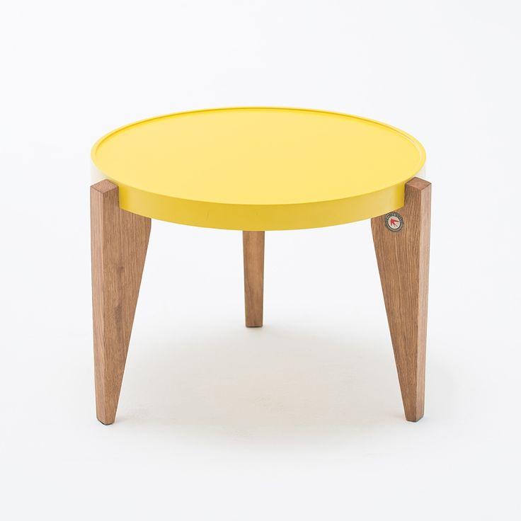 Stolik BONTRI żółty marki Swallow's Tail #ladnerzeczy #targirzeczyladnych #ladnerzeczydziejasiewinternecie #polishdesign #design