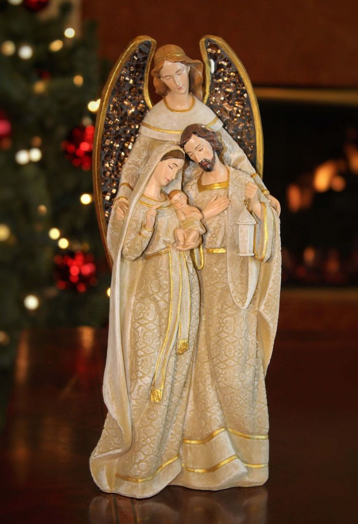 Unique Tree Topper - Angel embracing Holy Family - Summit Arbor