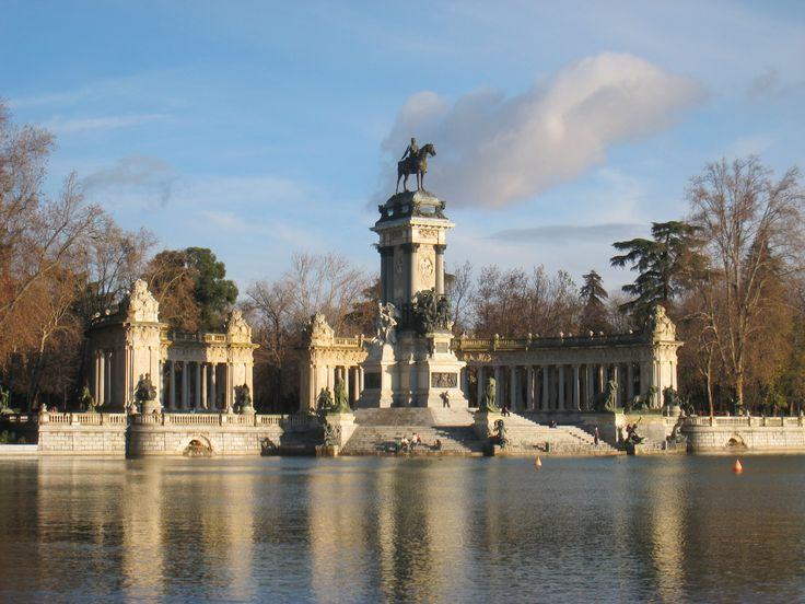 Monument_to_Alfonso_XII_of_Spain,_Madrid_-_general_view_2.JPG (3264×2448)
