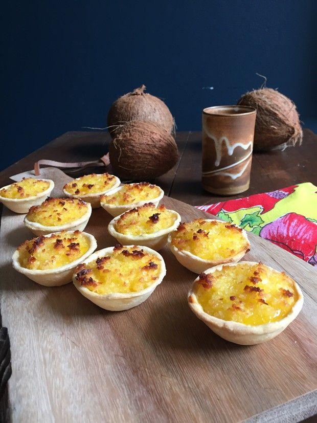Receita de queijadinha diferente leva recheio de coco (Foto: Adriana Frattini)