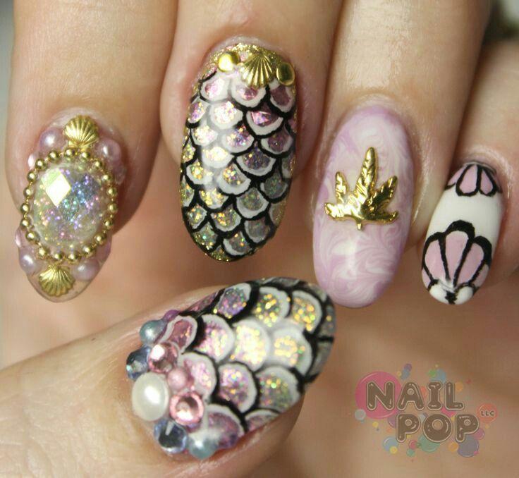 Mermaid scales sea shells pearls nailart