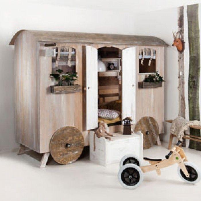 Meer dan 1000 idee n over donkergroen kamers op pinterest groene kamer kleuren groene kamers - Kleur kinderkamer jongen ...