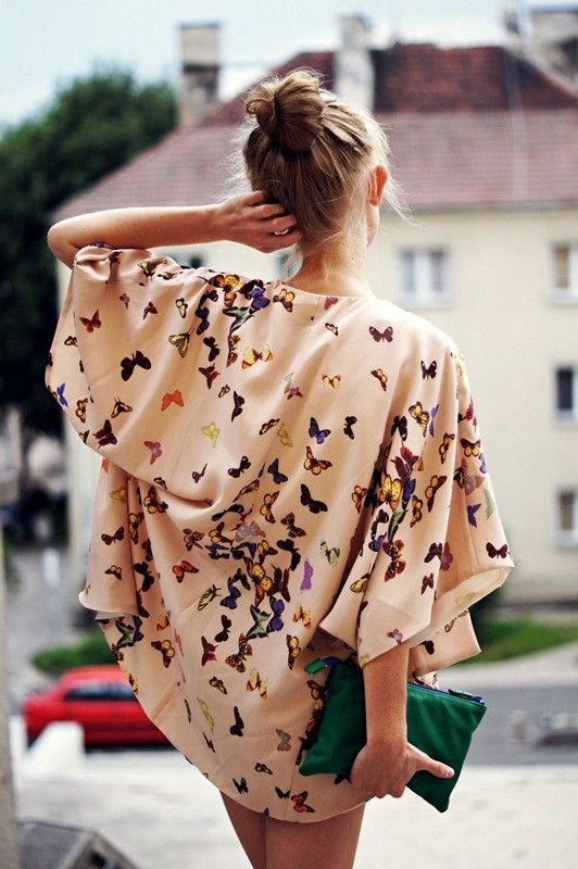 Loose Butterfly Blouse Women fashion style clothing outfit apparel green purse