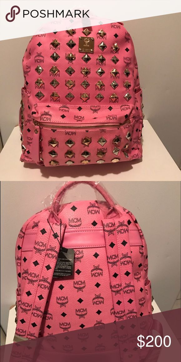 25 best ideas about pink mcm backpack on pinterest mcm backpack cheap mcm bags and mcm. Black Bedroom Furniture Sets. Home Design Ideas