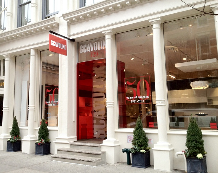Scavolini SoHo Gallery   Showroom NewYork   The area of over 10.000 square feet, on two levels, not only is an exhibition of kitchens, but most of all a place that conjugates art and #ItalianDesign