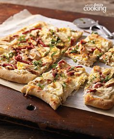 Grilled Chicken Flatbread #recipe - KRAFT Creamy Caesar Dressing amps up the flavour in this delicious flatbread. Serve with smart sides, such as your favourite hot steamed vegetable or a crisp mixed green salad.