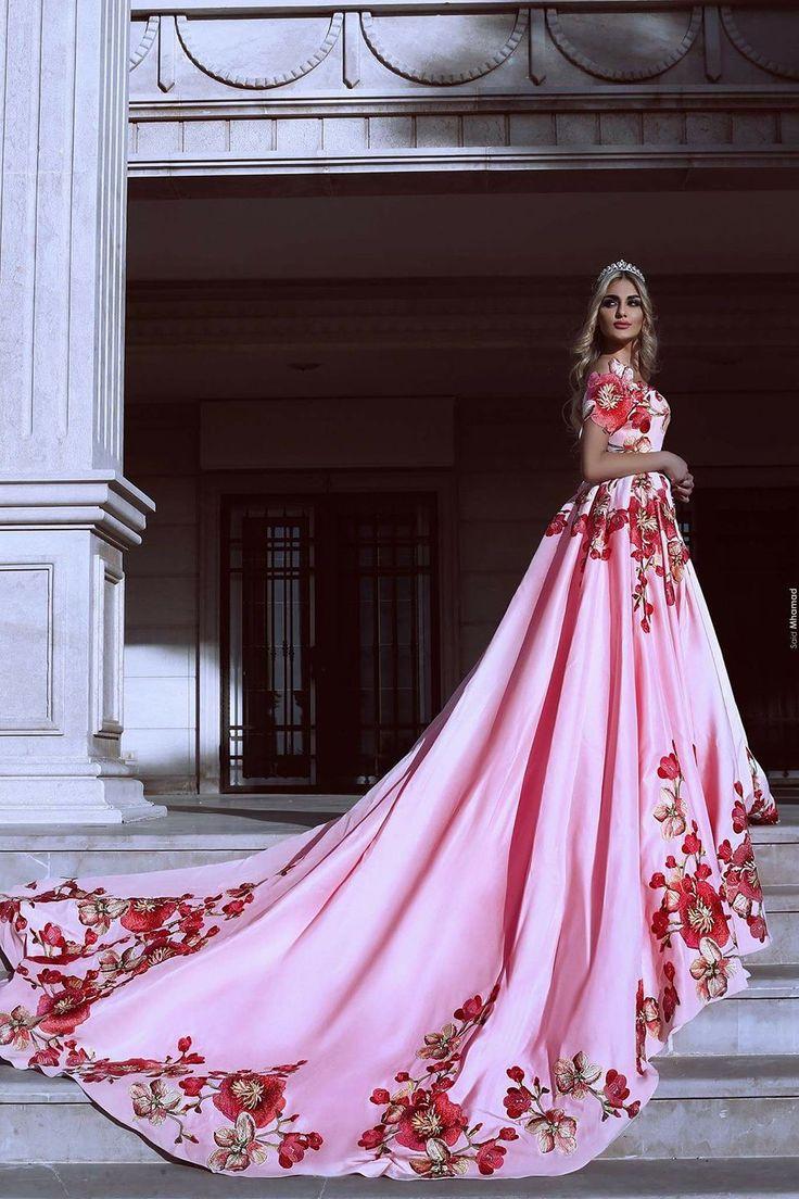 107 besten gowns Bilder auf Pinterest | Hochzeiten, Desi hochzeit ...