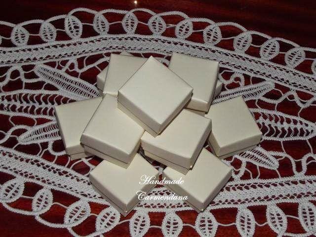 Cutiute ivoiry / favor box