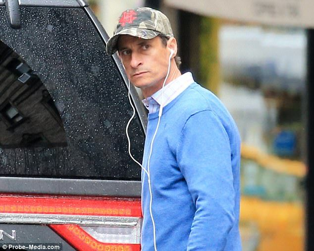 Probably trying to keep her spousal immunity for court, Huma invites disgraced Anthony Weiner to move back in #dailymail