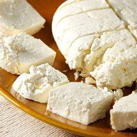 レモンと牛乳で作るフレッシュチーズのレシピ♡