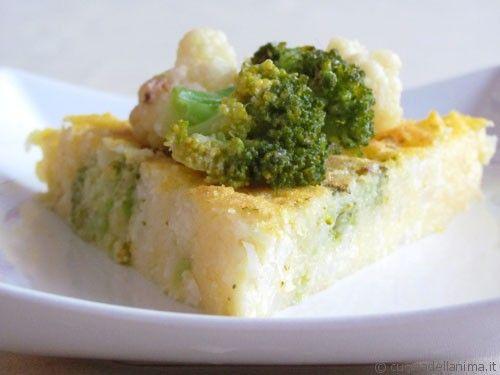 Spicchi di polenta con broccoli e cavolfiori