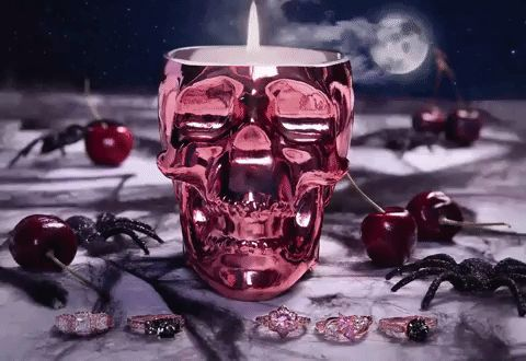 Skull Candle – Charmed Aroma