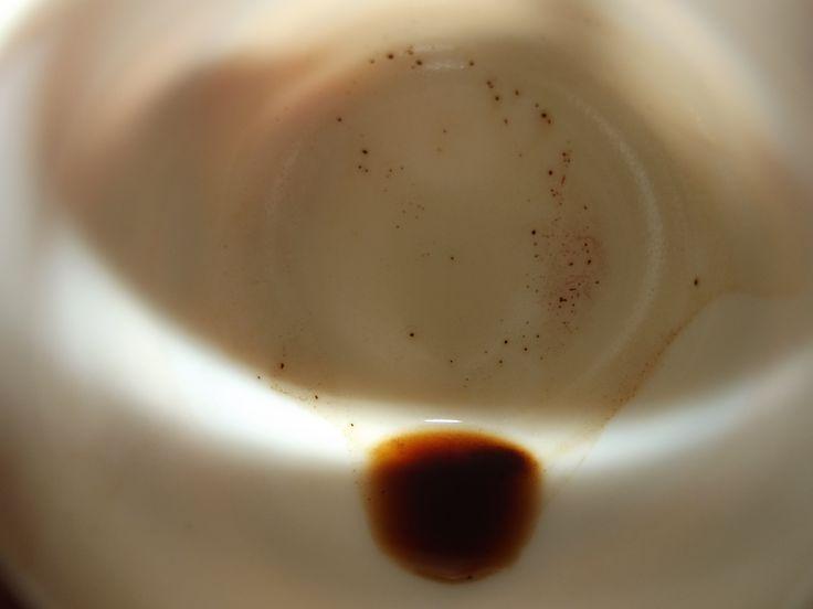 Luna bassa. Un caffè.