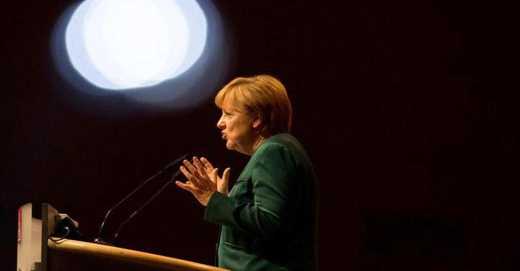 Focus.de - 400 Strafanzeigen gegen Merkel! Was ist dran am Vorwurf des Hochverrats
