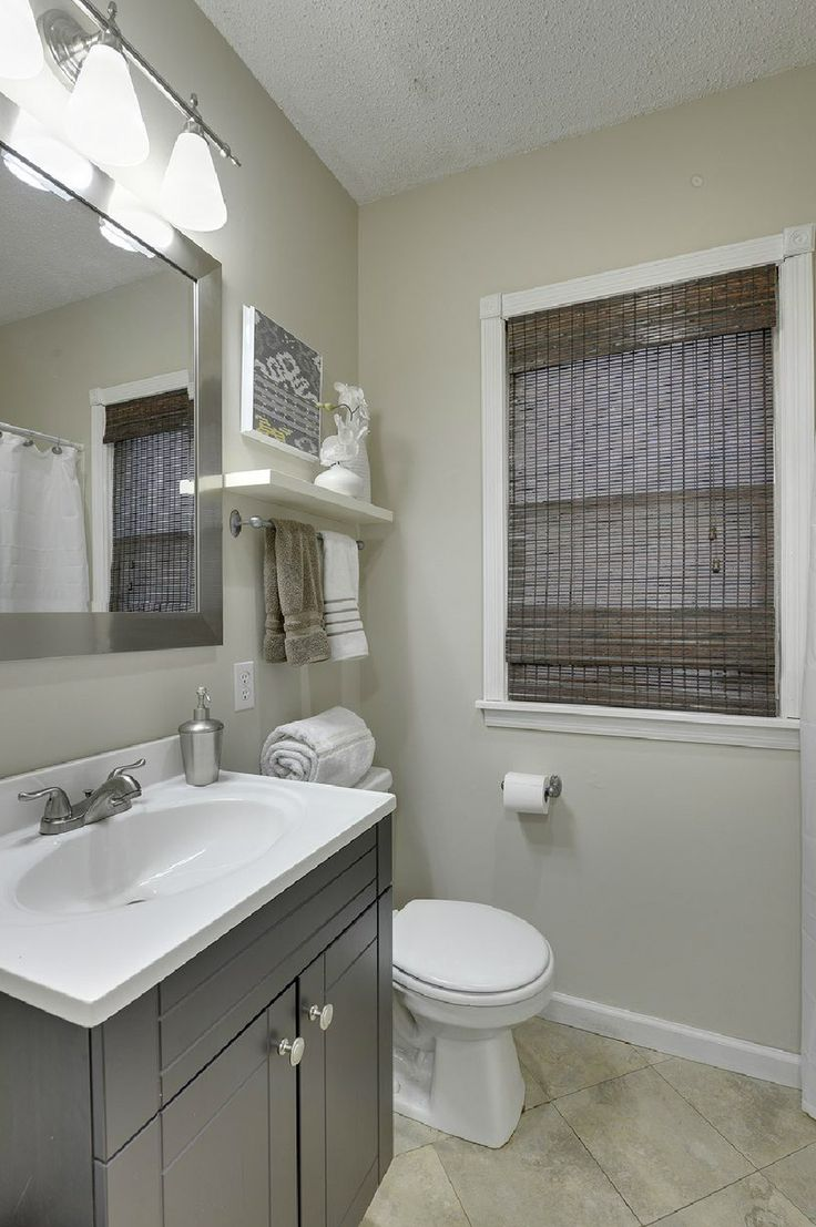 282 best images about sell this house on pinterest home for Staging a bathroom ideas