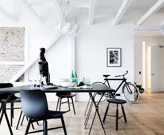 Loft in Berlin, @mrbrotons featuring the elegant black chair by @norr11 _ Find more on Archiproducts.com _ #archiproducts