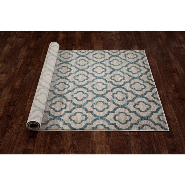 Moroccan Trellis Pattern High Quality Soft Blue Area Rug (7'10 x 10'2)