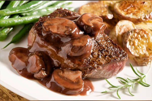 Receitas: Aprenda a preparar o filé ao molho madeira | Academia da Carne Friboi