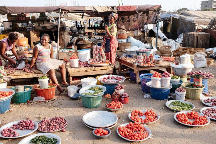 Tema Fishing Port - Market