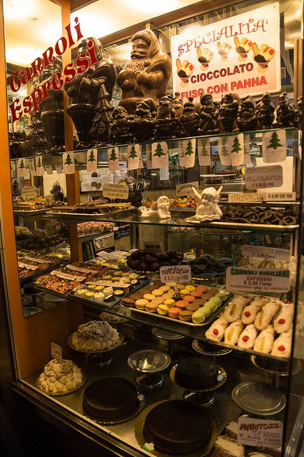 Cakes and Pastries, Rome