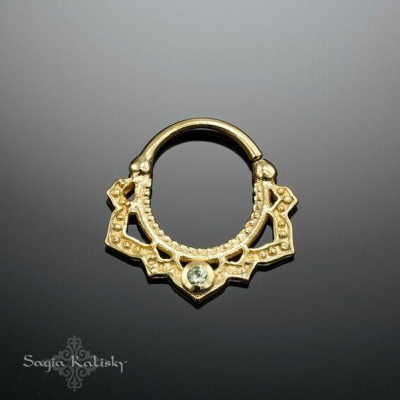 Septo chapado oro con peridoto piedra anillo de la nariz de