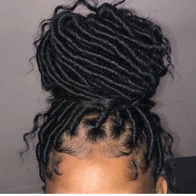 Twists and box braids are a great protective style for retaining hair length and…