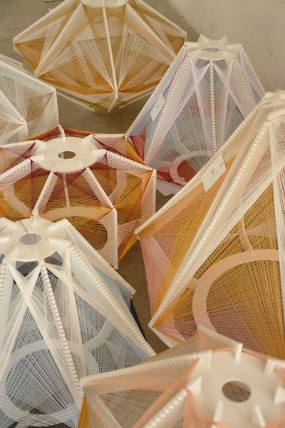 Matières naturelles - Lampes Sputnik via Goodmoods / Julie Lansom / Prix : 550€
