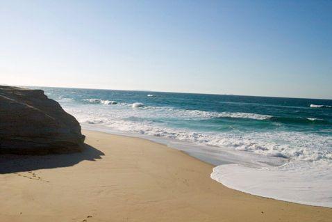 Bom Sucesso beach - Silver coast, Portugal