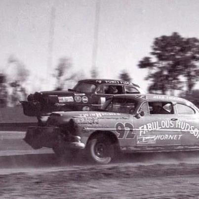 NASCAR, Old Days. #OLDSCHOOLNASCAR Follow us @ https://www.pinterest.com/livescores/