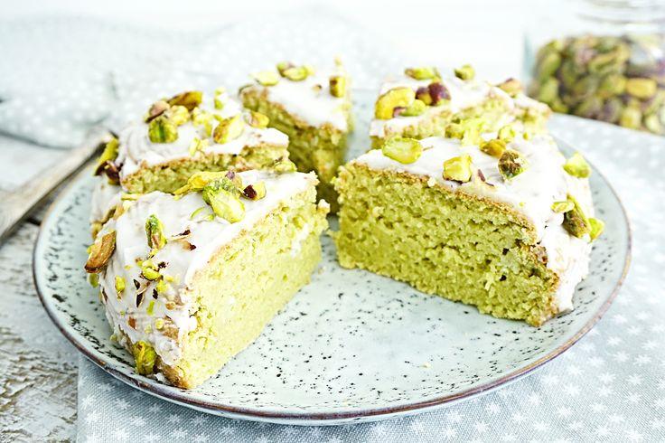 Luchtige avocado cake met limoen