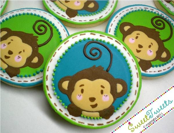 Cute monkey cookies    http://www.modern-baby-shower-ideas.com/Monkey-boy-baby-shower.html  Monkey baby shower cookies also make a cute baby shower favor to go with your theme!