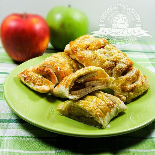 Jabłkowe poduszeczki   Świat Ciasta