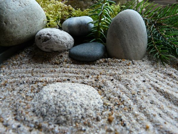 best jardines zen images on pinterest rock art stone art and stacked stones