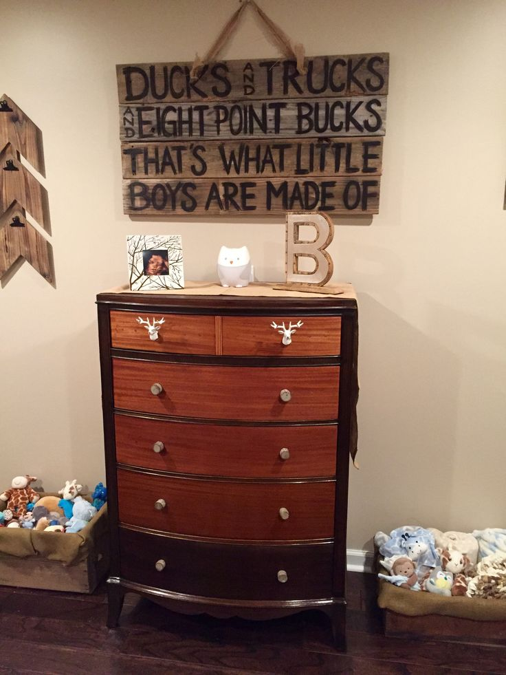 Woodsy nursery for new baby Baize                              …