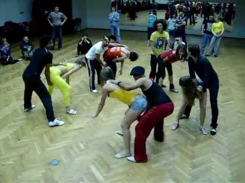 Rueda de casino with Jorge Camaguey. Salsa Weekend in Kharkov 2011 - YouTube