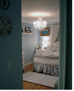 Find This Pin And More On Improve Ugly Rental House/Apt By Veeveemarie.