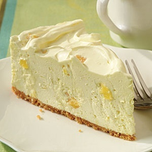 Pineapple Cheesecake - my 2 favorite foods in one! ^·^