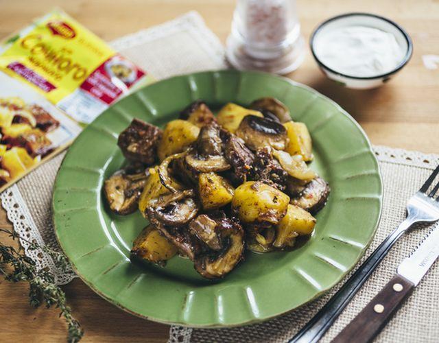 Сочное жаркое с грибами и картофелем