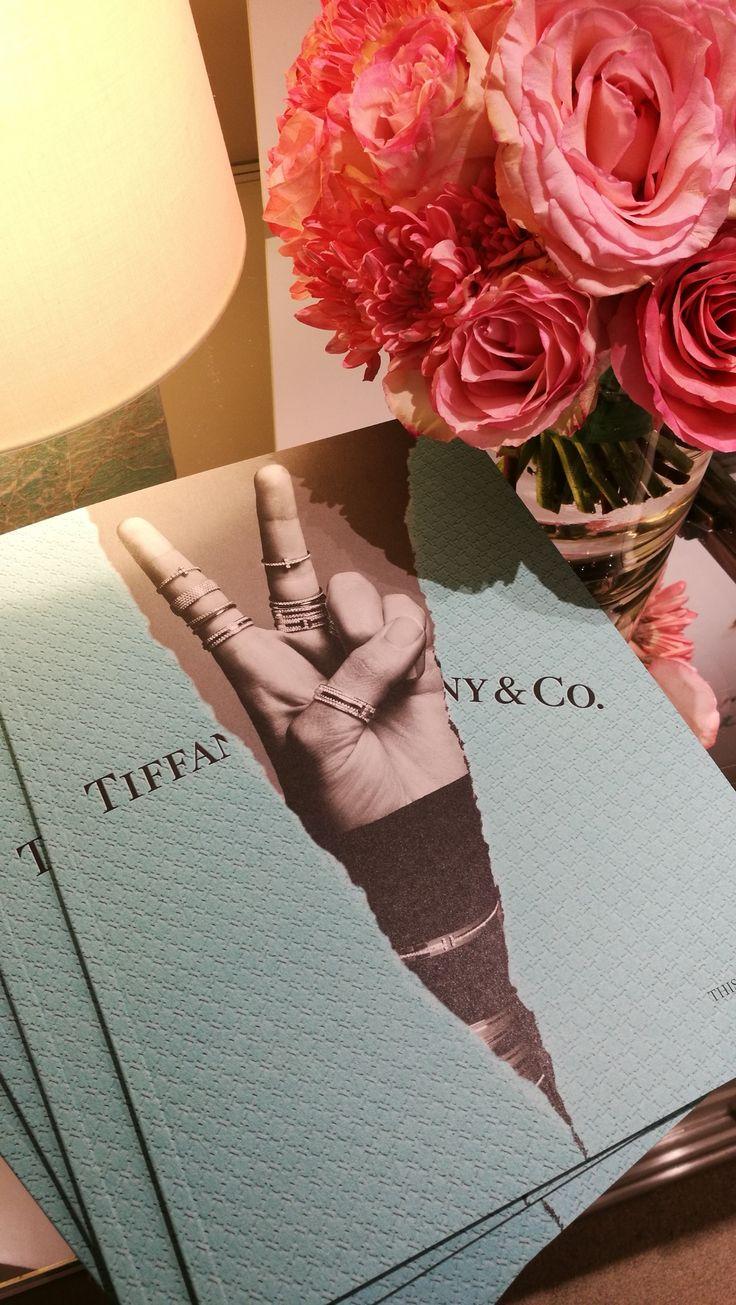 TIFFANY & Co.: Love Stories #SantiagoElegante_Tiffany #TiffanyLoveStories  #SantiagoElegante #ParqueArauco  #DistritodeLujo #Joyas